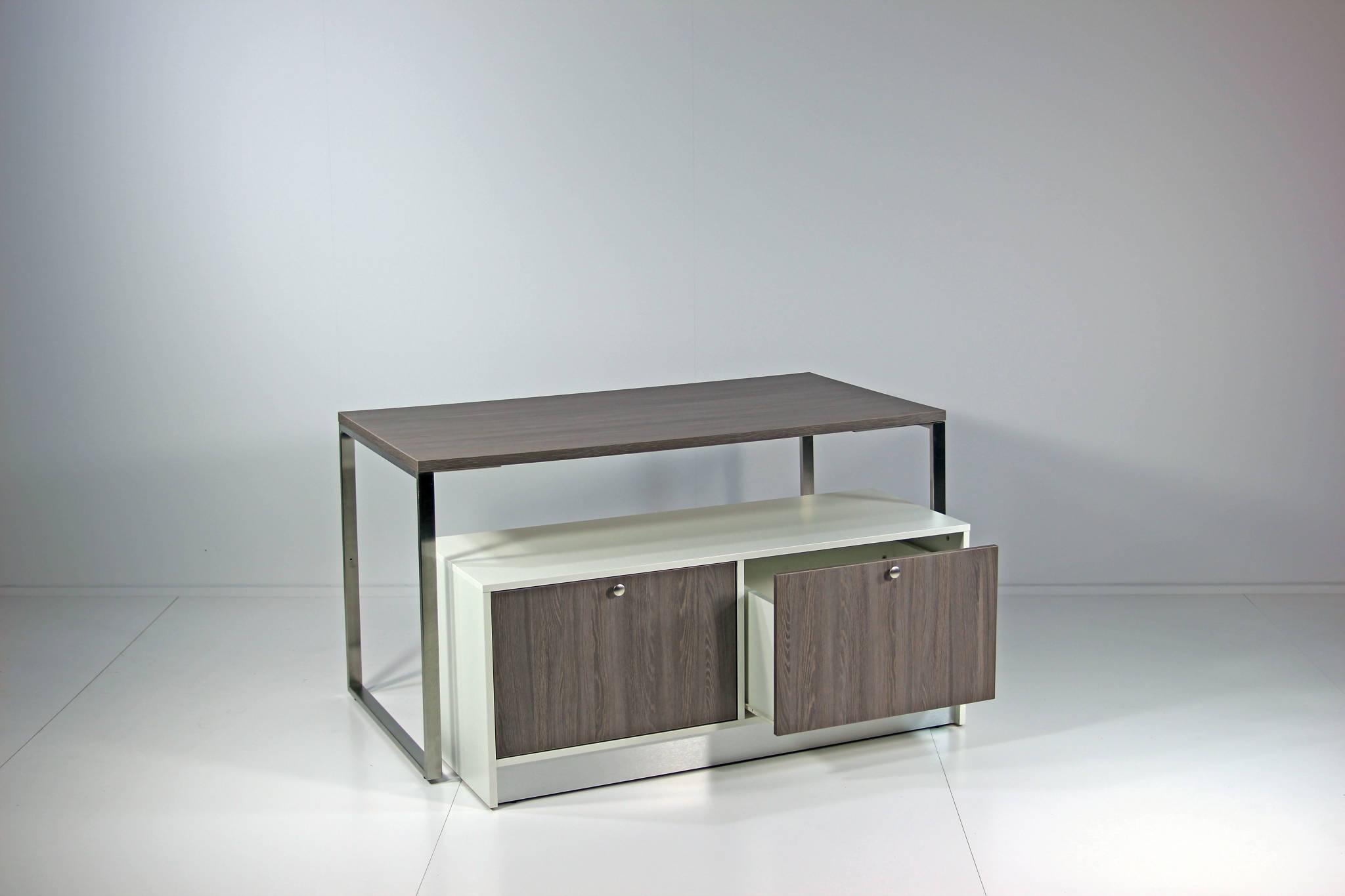 Salgsborde / oplægsborde - kombinere det store bord med lager / depot møblet.
