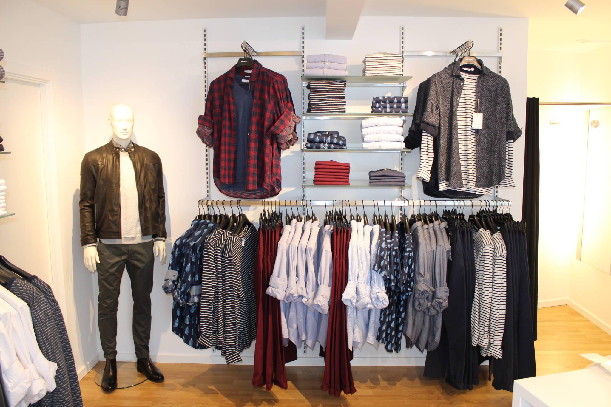 Mannequin og butiksinventar fra European Mannequins & Shop brugt til præsentation af Samsøe & Samsøe