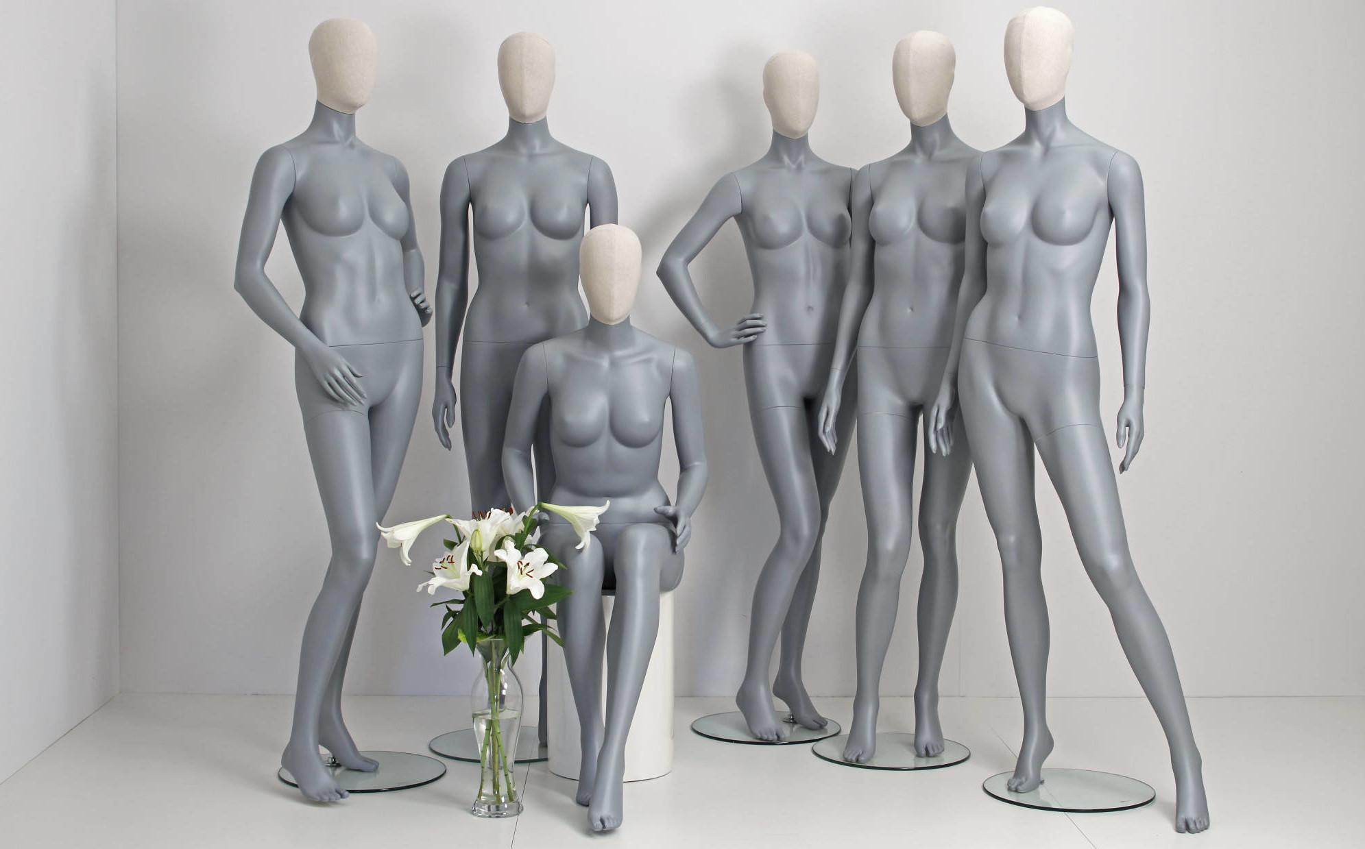 Mannequinen fås i flot grå farve, men kan leveres i andre ønskelige farver