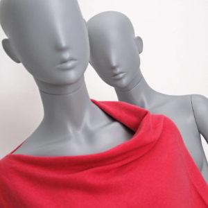 yndefuld dame mannequin grå