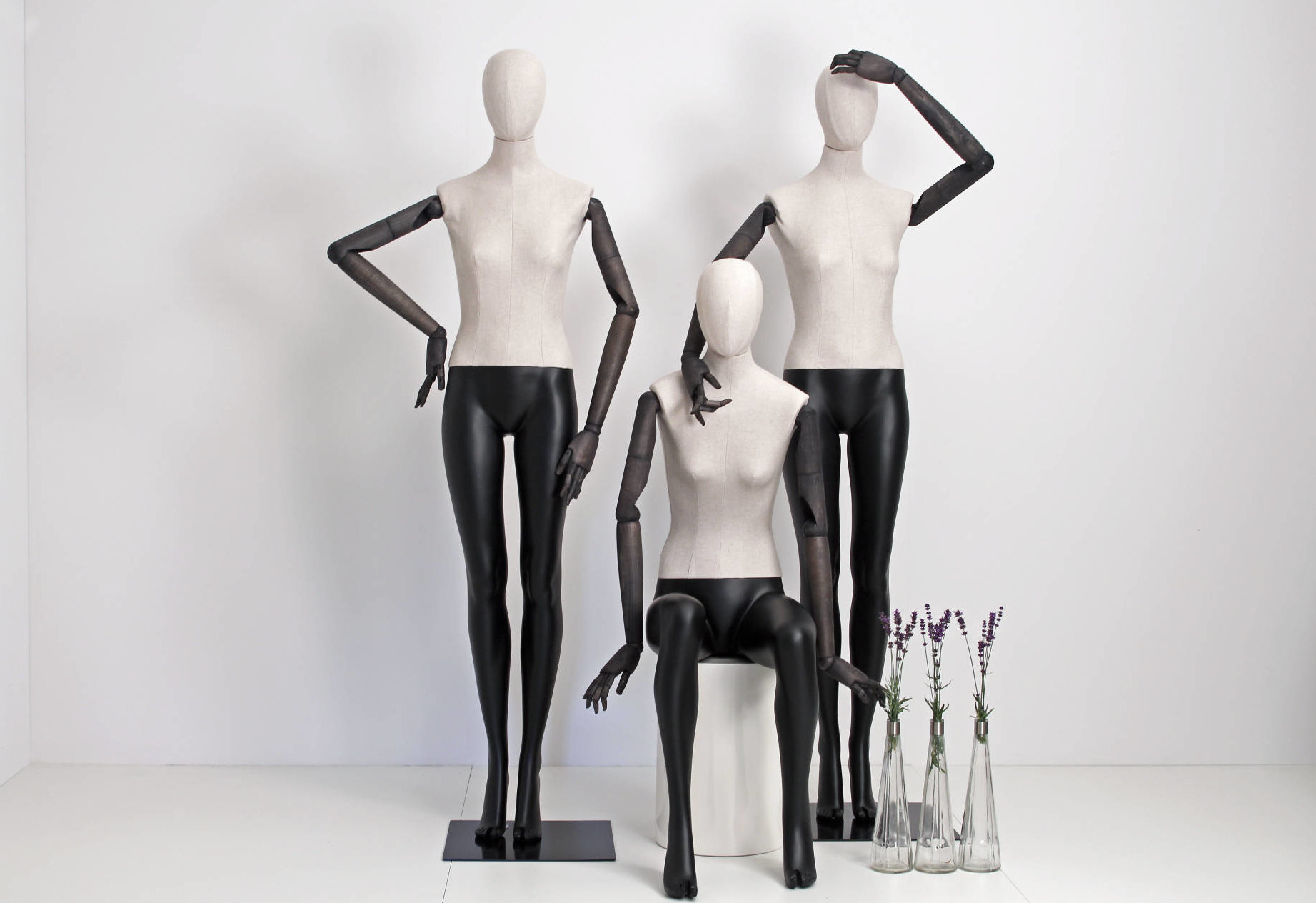 Articulated mannequins and torsoes. Fabric mannequins with articulated arms