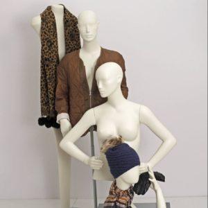 Dame torso med et feminint og yndefuldt udtryk