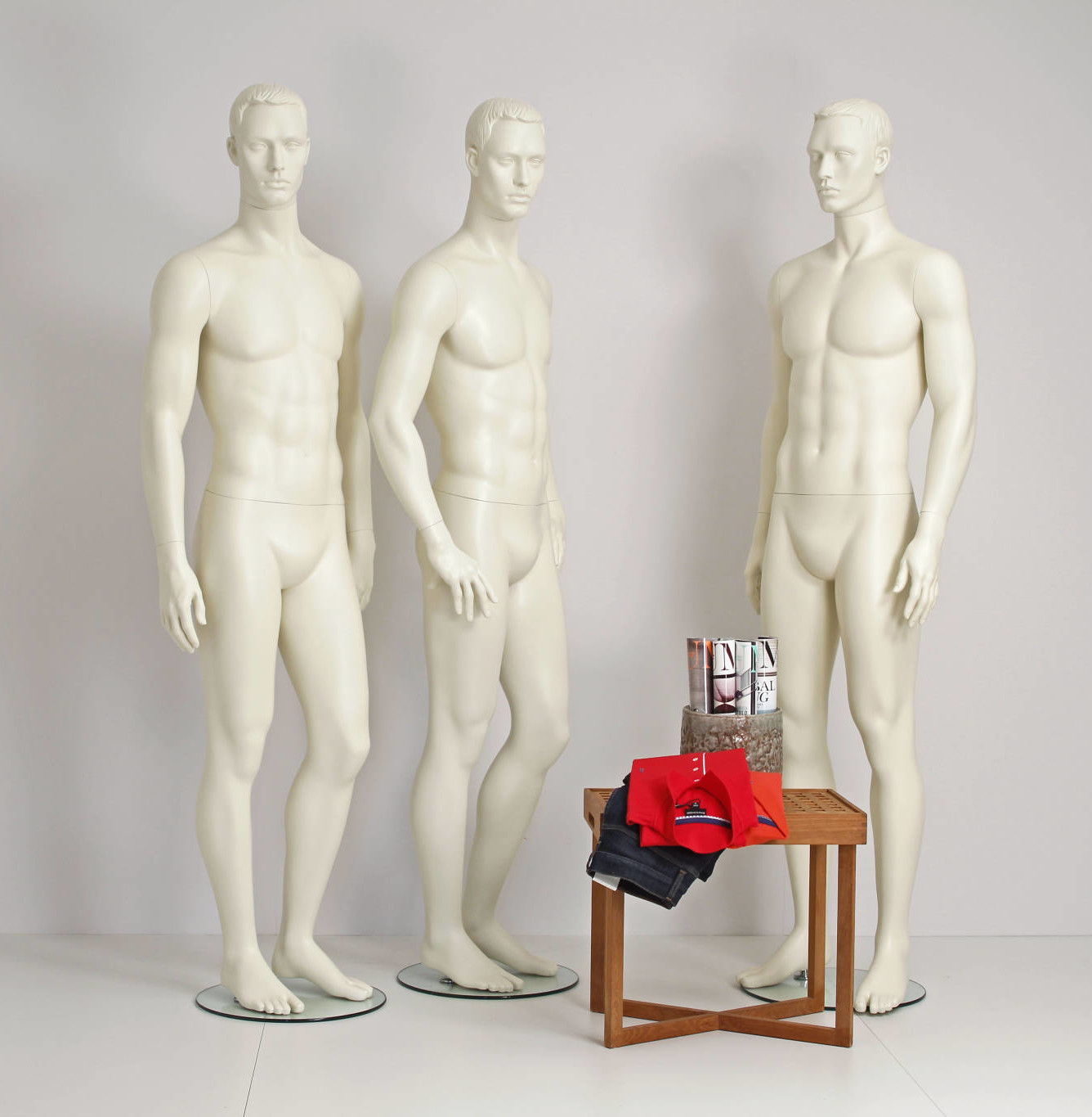 Stylized male mannequins
