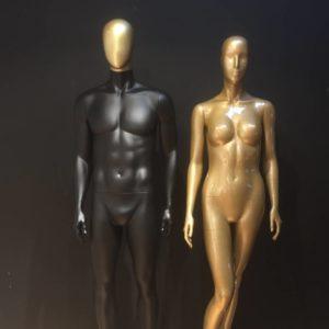 Guld mannequin - mange forskellige udtryk