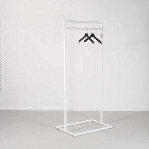 hvidt stativ med mulighhed for tilvalg af bundplade