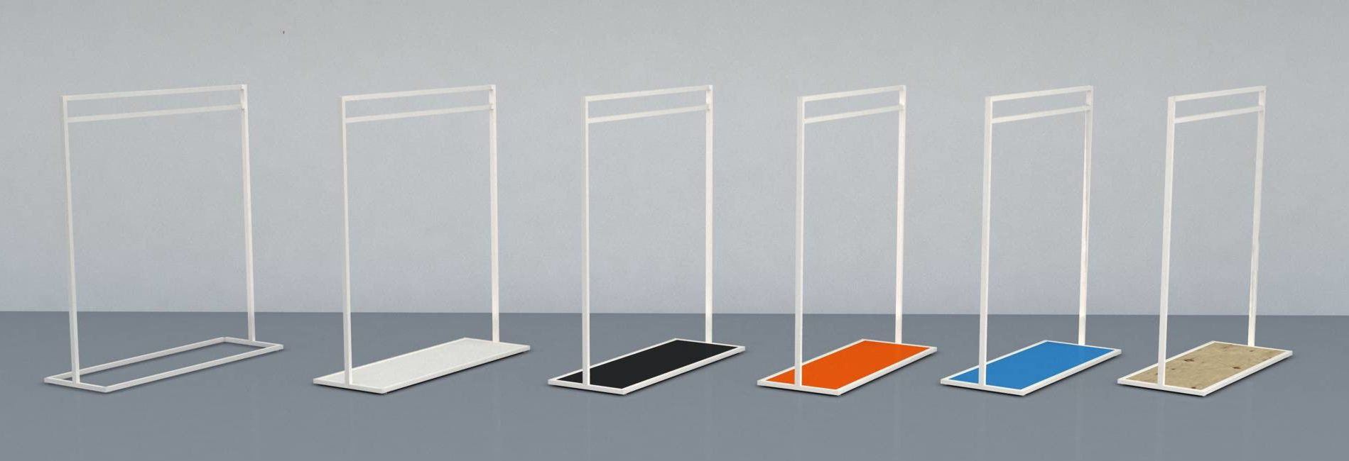 Flot design tøjstativ hvor farven på bundpladen kan laves efter dine ønsker