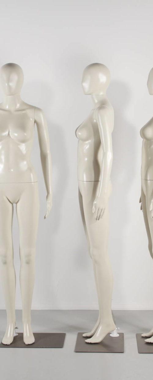 Plastik Mannequin - GOD PRIS