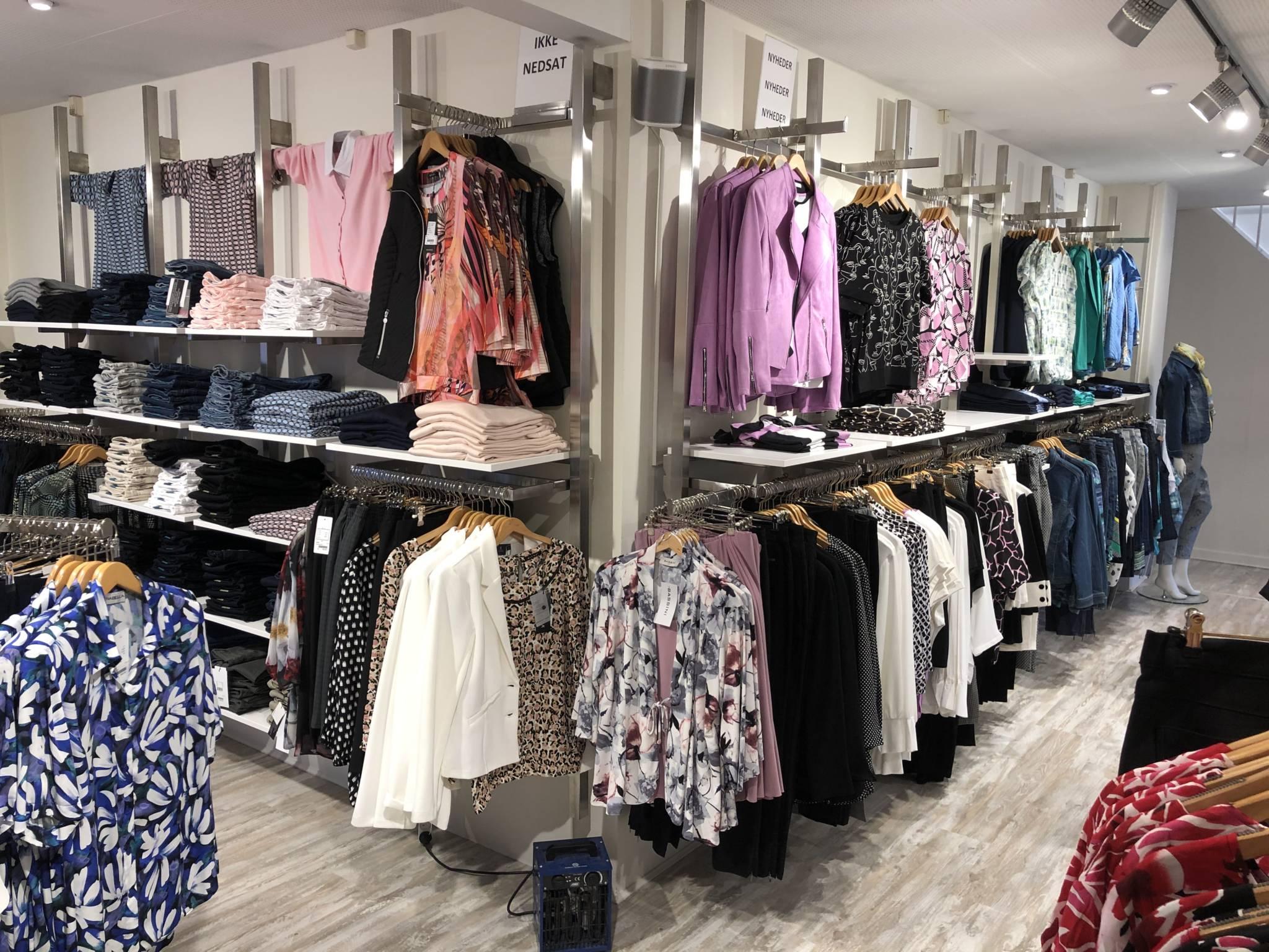 "Flot butiksinventar med rent ""udtryk"""