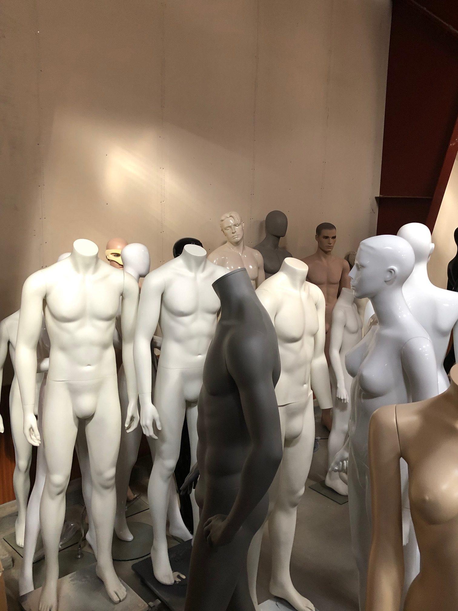 Rent a mannequin in Denmark
