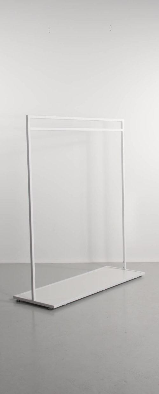 messestativ tøjstativ hvid med bundplade