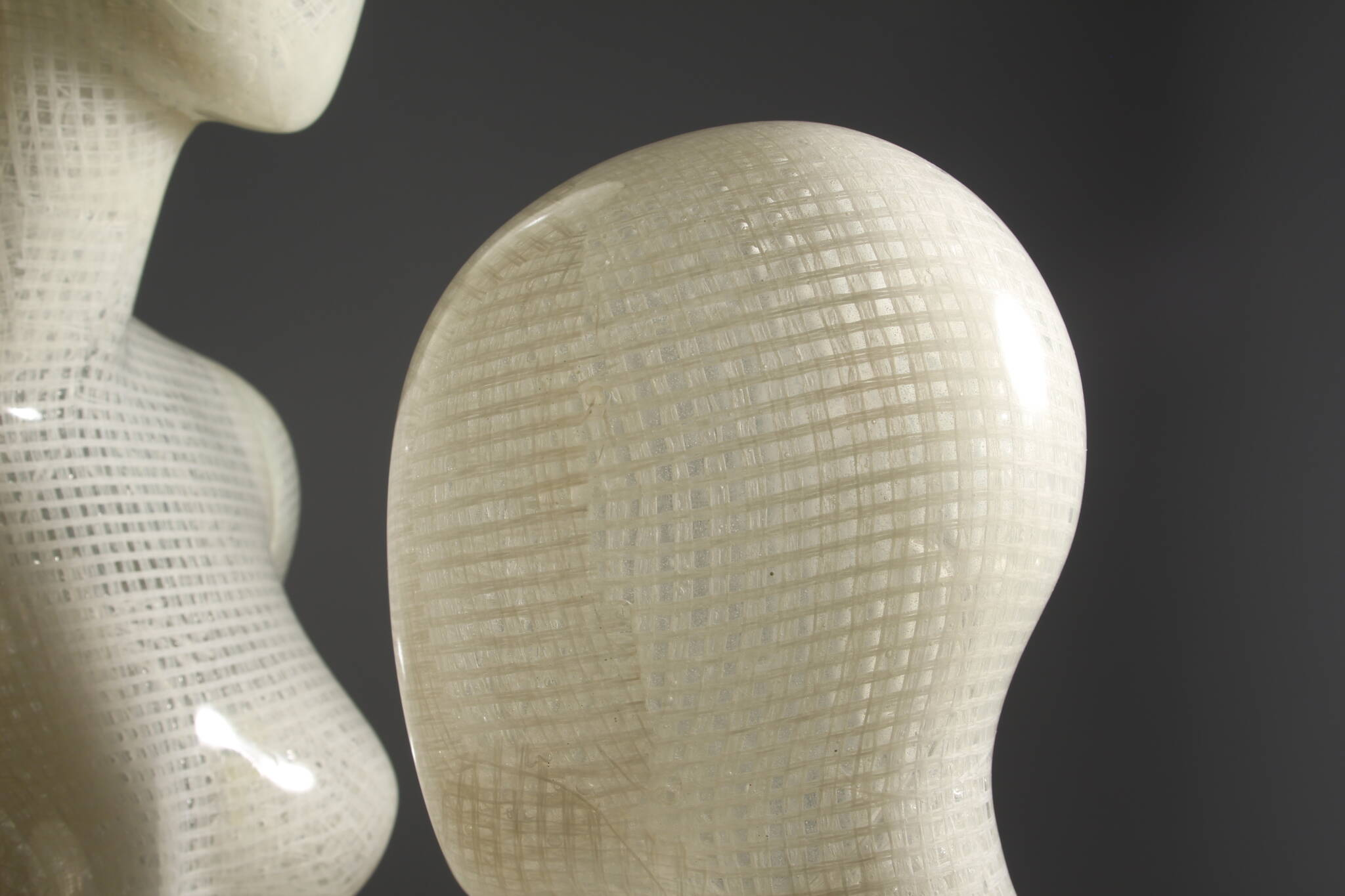 Sustainable mannequins of Bio resin and raffia bast material