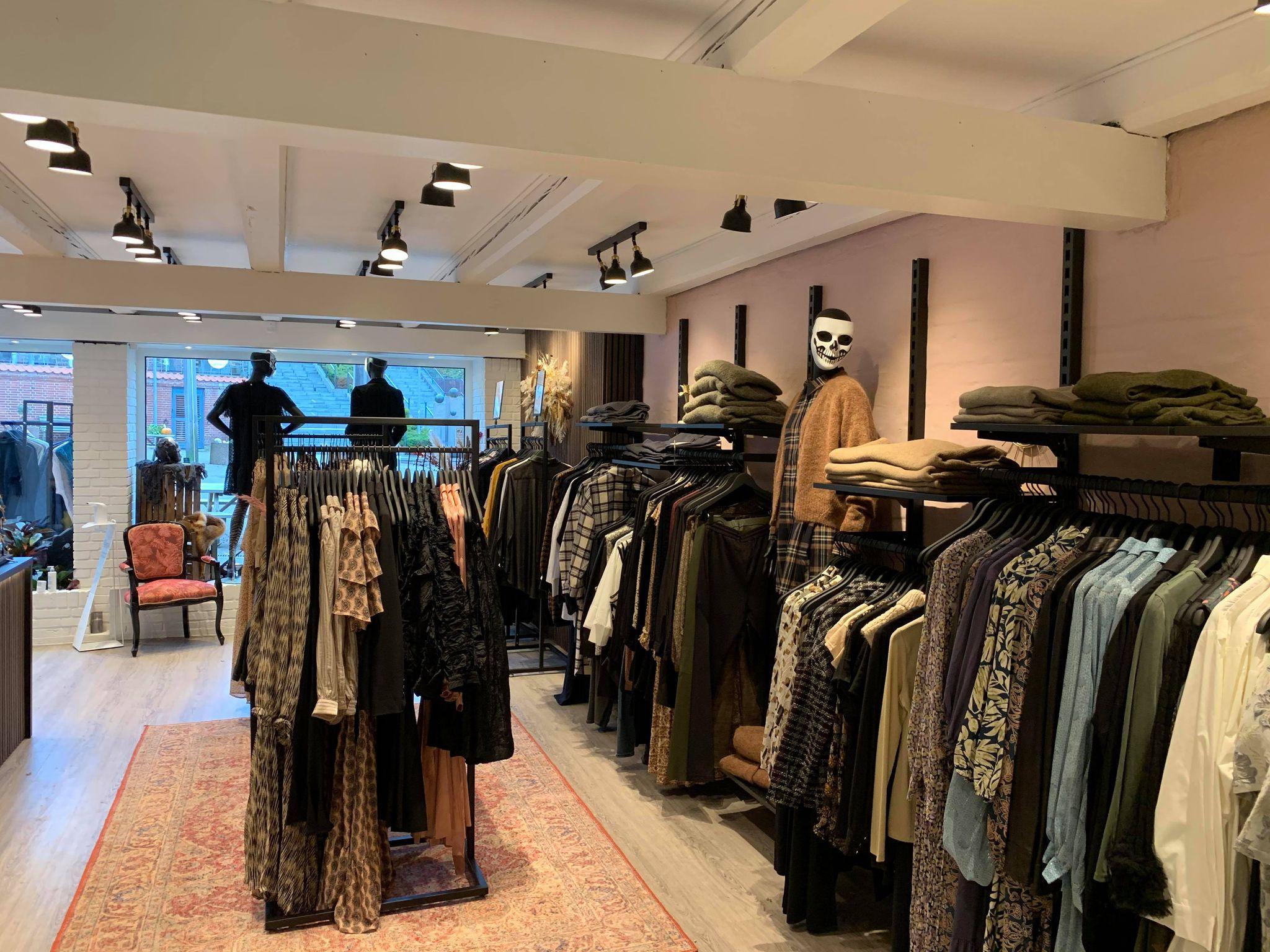 Butiksinventar i lække butik