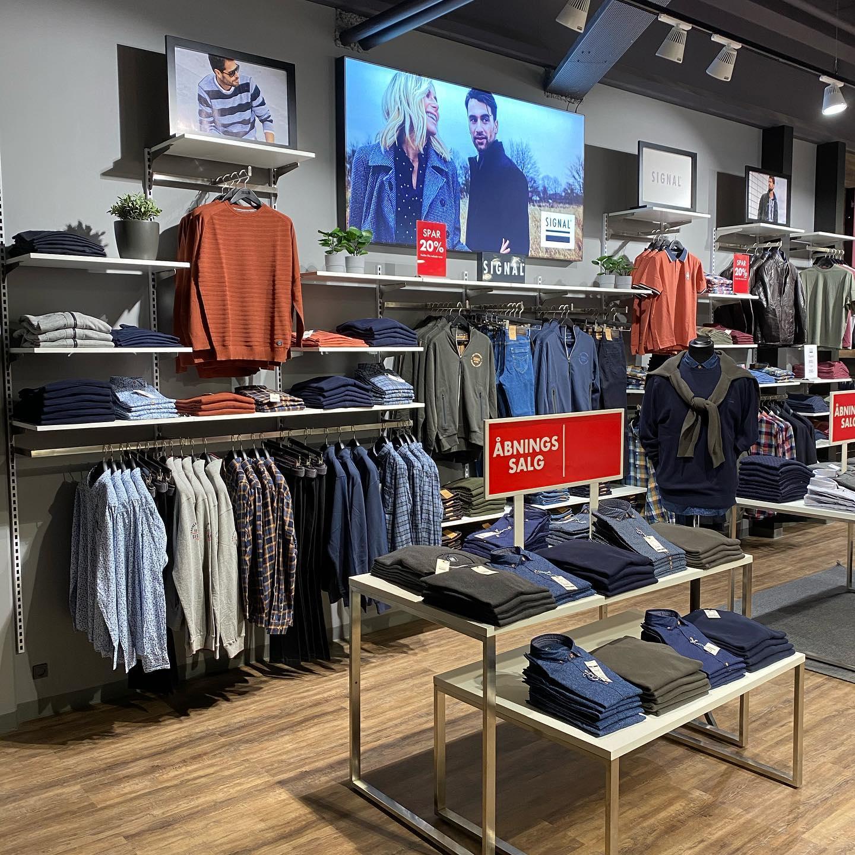 Butiksinventar og indskudsborde / salgsborde