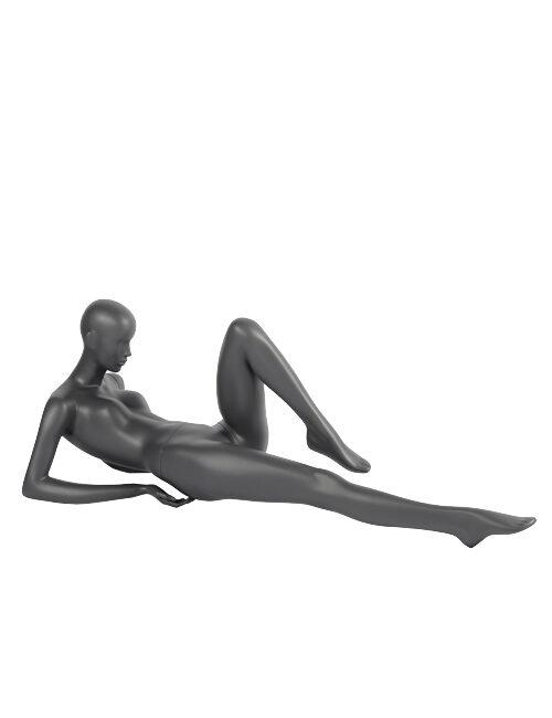 dame yoga mannequin